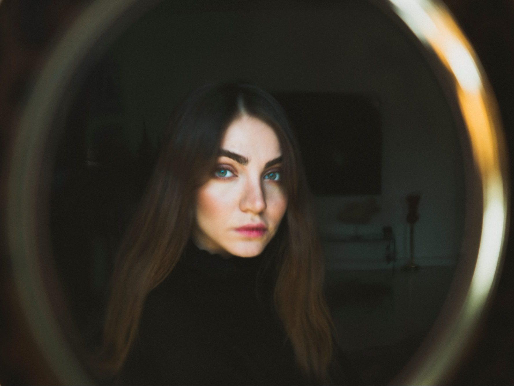 Dysmorphia, self-love, myths and the magic of mirrors