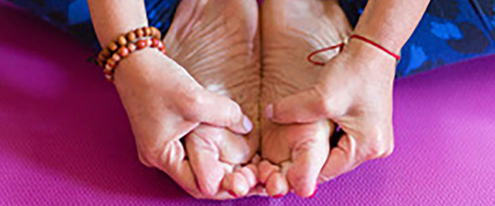 Bones, balance, muscle: research team demonstrates the power of yoga v osteoporosis